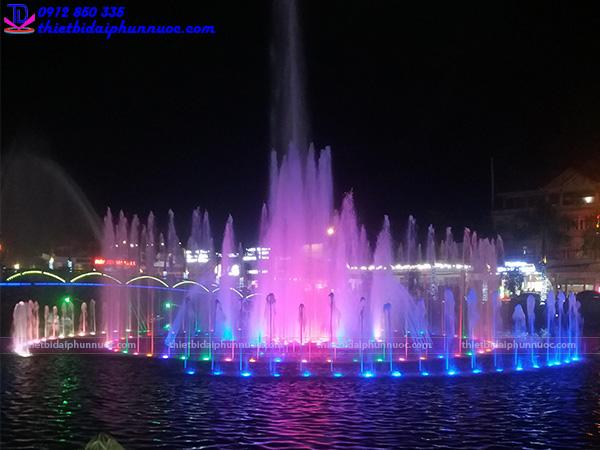 Đài phun nước thị xã Phổ Yên - Thái Nguyên 1