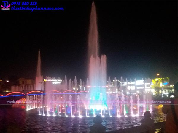 Đài phun nước thị xã Phổ Yên - Thái Nguyên 2
