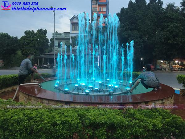 Đài phun nước trung tâm thương mại Bình An - Sóc Sơn - Hà Nội 3