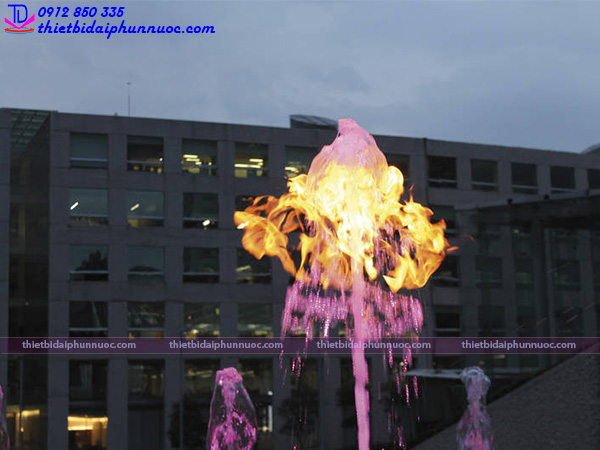 Vòi phun nước tạo lửa Fountain Flame 3