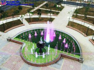 Đài phun nước bán nguyệt đại học Thành Đô
