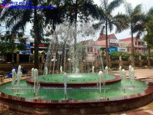Đài phun nước hình tròn trường THPT Phan Đăng Lưu 4