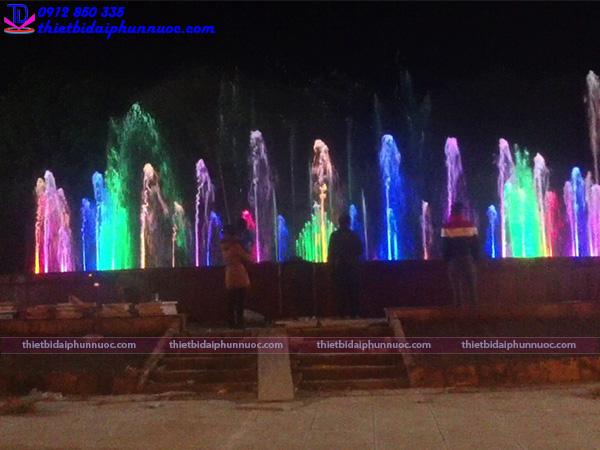 Đài phun nước nghệ thuật thành phố Sông Công 2