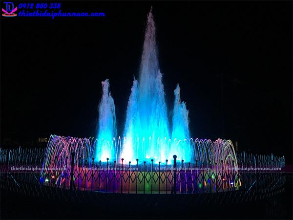 Đài phun nước quảng trường 2