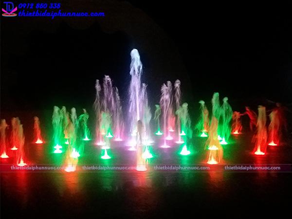 Sàn phun nước nghệ thuật quảng trường biển 2