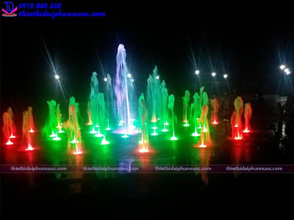 Sàn phun nước nghệ thuật quảng trường biển 4