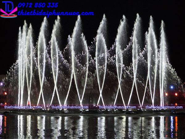 Đầu phun nước nghệ thuật - Béc phun nước 8