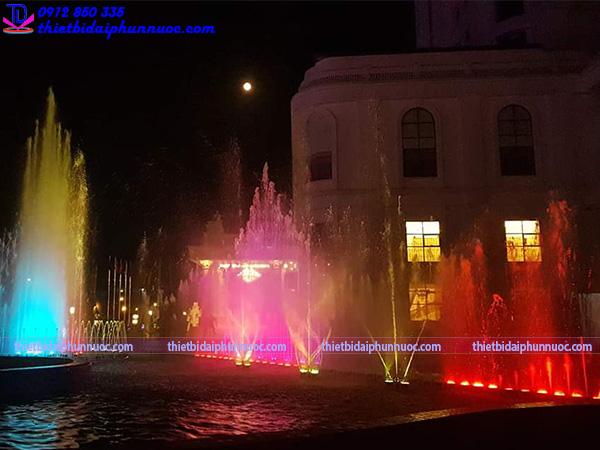 Thi công nhạc nước khách sạn Hoàng Nhâm 2