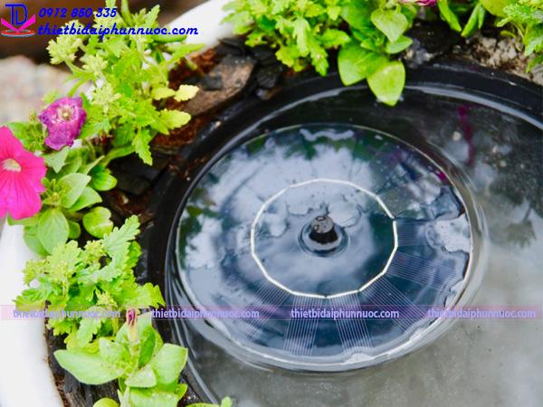 Đài phun nước bằng chậu cây 21