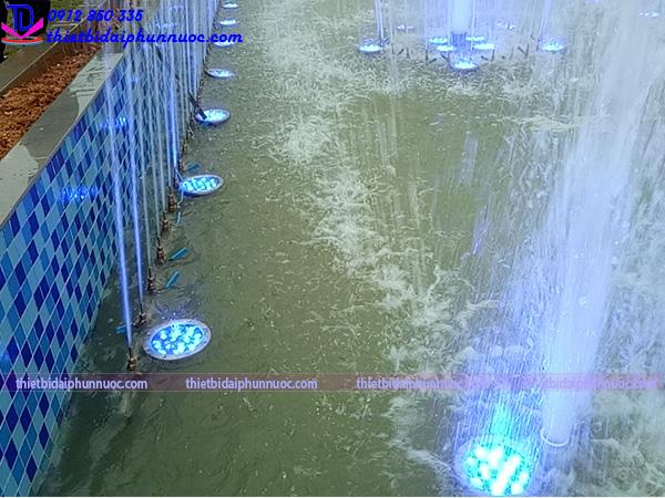 Đài phun nước hình bán nguyệt 5
