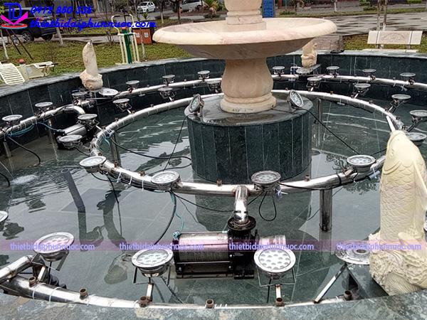 Đài phun nước vườn hoa Nguyễn Quán Quang 2