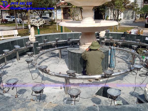 Đài phun nước vườn hoa Nguyễn Quán Quang 3