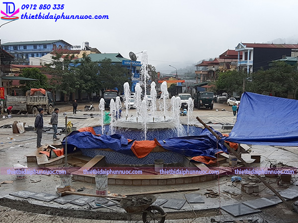 Thi công đài phun nước bể tròn 7